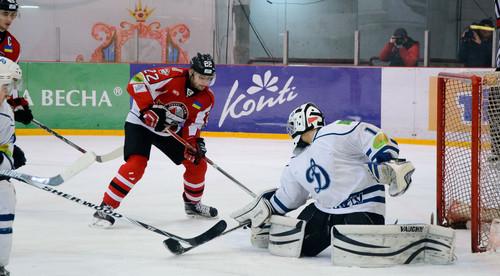 Донбасс добыл 25-ю победу подряд в УХЛ