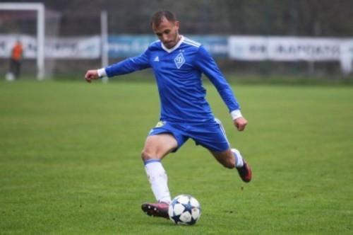 Динамо продлило контракты с четырьмя игроками молодежного состава