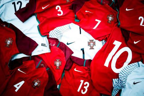 Сборная Португалии рассчиталась на первый-четырнадцатый