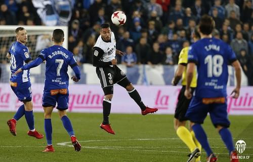 Алавес — Валенсия — 2:1. Обзор матча