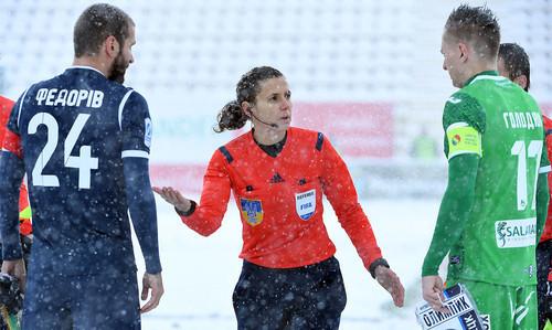 Матч Карпаты — Олимпик доиграют 21 февраля