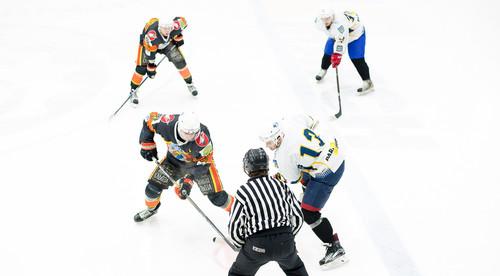 Четвертьфинал УХЛ между Волками и Кременчугом ознаменовался драками