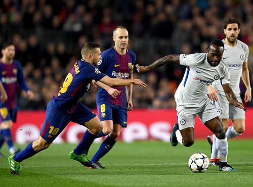 Барселона уверенно прошла Челси на пути в четвертьфинал Лиги чемпионов