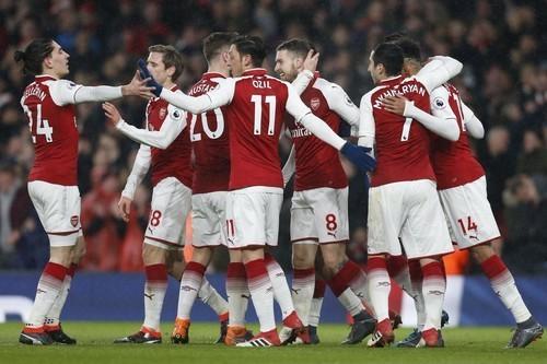 Арсенал второй раз обыграл Милан и вышел в 1/4 Лиги Европы