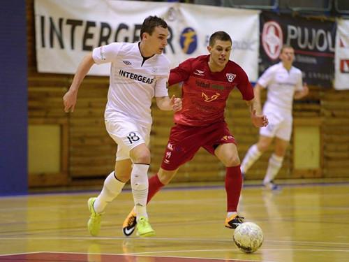 Литвиненко и Сорокин помогли ЭРА-ПАКу в матче плей-офф обыграть Хелас
