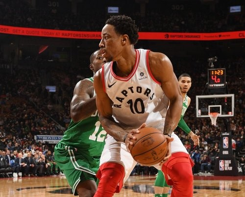 НБА. Торонто обыграл Бостон, Филадельфия одолела Детройт