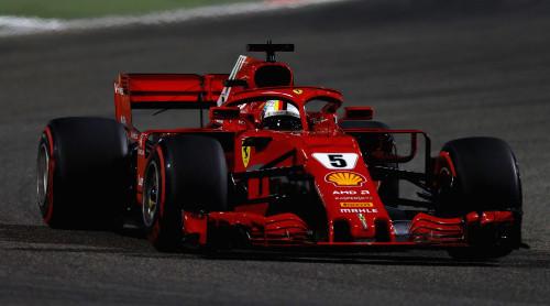 Феттель выиграл драматичный Гран-при Бахрейна