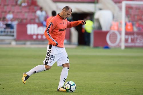 Зозуля вернется в основной состав Альбасете в ближайшем матче