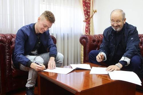 Цыганков продлил контракт с Динамо
