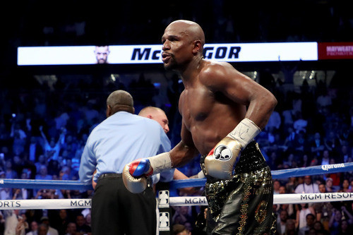 МЕЙВЕЗЕР: Встреча Кроуфорда и Спенса станет самым большим боем в боксе