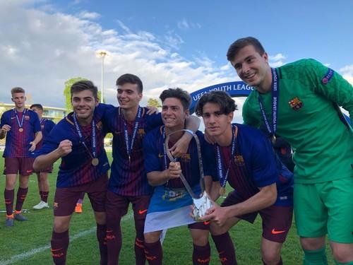 Челси U19 — Барселона U19 — 0:3. Видео голов и обзор матча