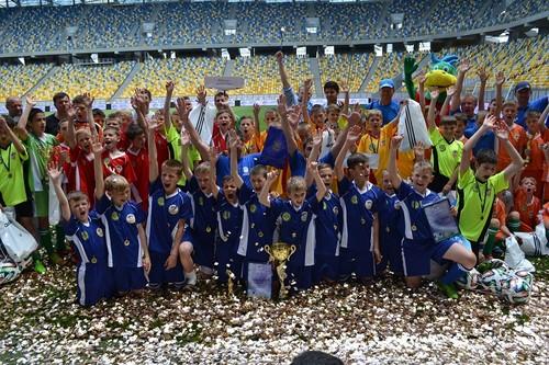 Шкіряний м'яч – 20 років інвестицій у майбутнє українського футболу
