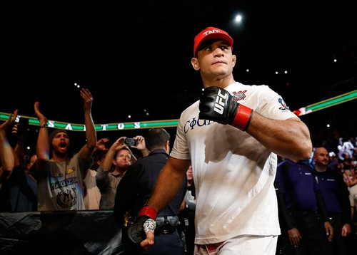 Джуниор дос Сантос вернется на турнире UFC Fight Night 133