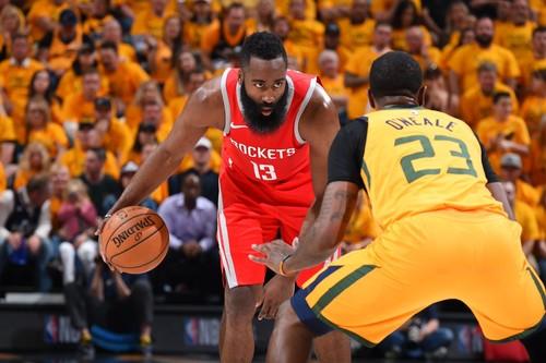 НБА. Голден Стэйт в третий раз обыграл Новый Орлеан