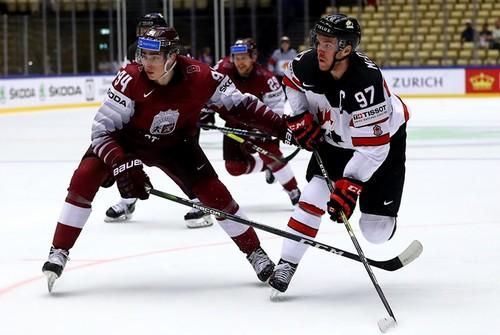 Чемпионат мира по хоккею. Канада в овертайме дожала Латвию