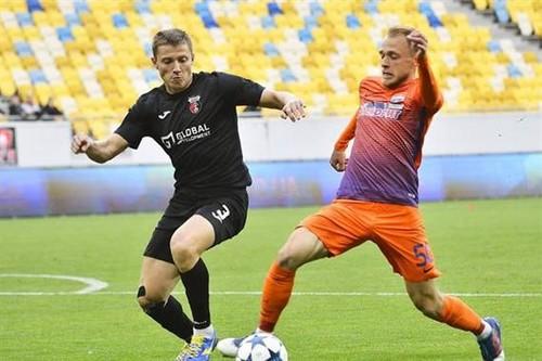 Верес сыграет с Мариуполем на стадионе Украина