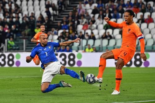 Италия упустила победу над Голландией