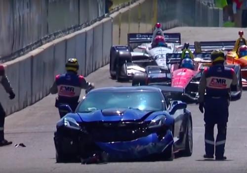 ВИДЕО ДНЯ. Топ-менеджер GM разбил самый мощный Chevrolet Corvette