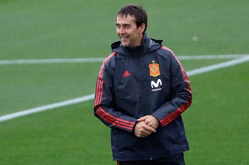 Испания может потерять тренера перед началом чемпионата мира-2018
