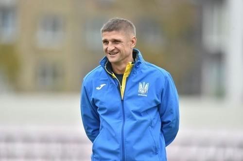 ЕЗЕРСКИЙ: «Сборная Украины образца 2006 года была лучшей за историю»