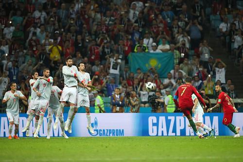 Хет-трик Роналду, Иран дожал Марокко, Египет уступил Уругваю