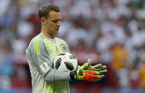 Нойер продолжит выступать за сборную Германии