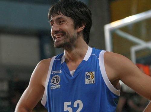МБК Миколаїв продовжив угоду з захисником