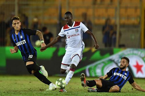 Интер - Лион - 1:0. Видео гола и обзор матча