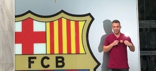 Барселона отдала номер Иньесты бразильцу