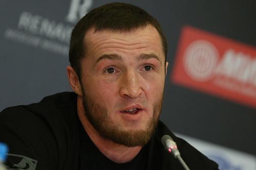ОФИЦИАЛЬНО: Денис Лебедев проведет бой с Хинзи Алтункая
