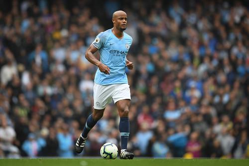 Манчестер Сити приостановил переговоры с Компани по новому контракту