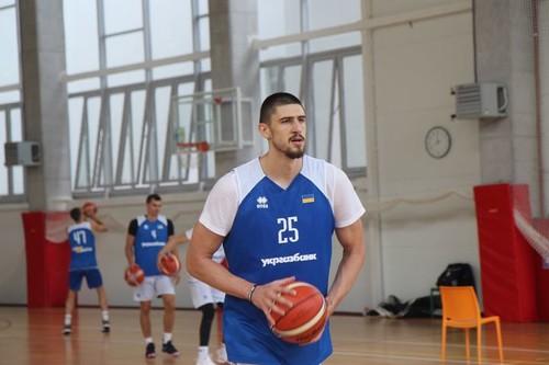 Лэнь и Михайлюк тренируются в составе сборной в Пуще-Водице
