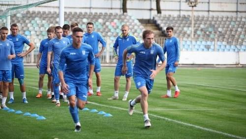 Украина U-21 тренируется без Пихаленка, но с Лучкевичем