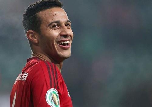 Тьяго Алькантара согласен перейти в Манчестер Юнайтед