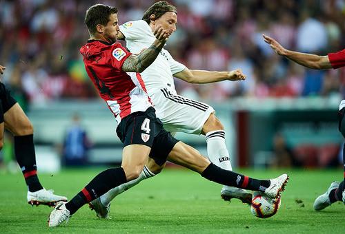 Гол Иско позволил Реалу избежать поражения в Бильбао