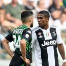Дуглас Коста дисквалифицирован на 4 матча за плевок в игрока Сассуоло