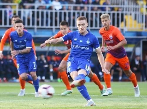 Леганес огорчил Барселону, Динамо разобралось с Мариуполем