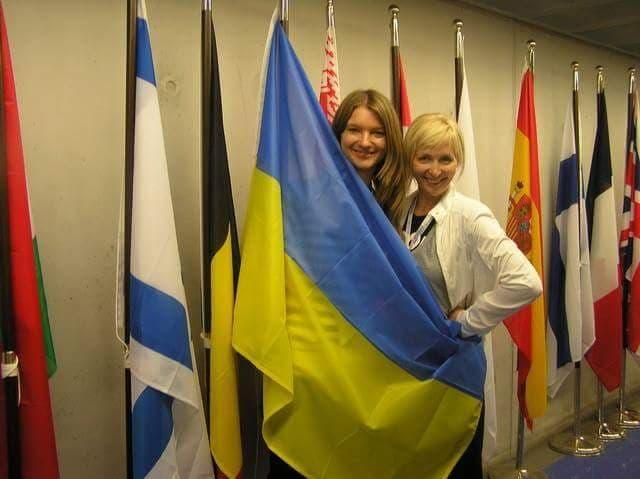 Я и Юлия Атрушкевич с родным украинским флагом