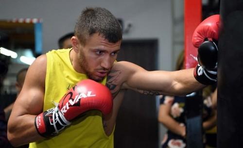 Ломаченко готовится к бою с Педрасой