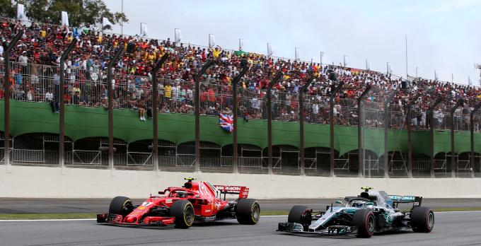 Гран-при Бразилии. Безумие в гонке, невезение Быков и триумф Мерседеса